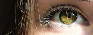 Kuvassa silmä